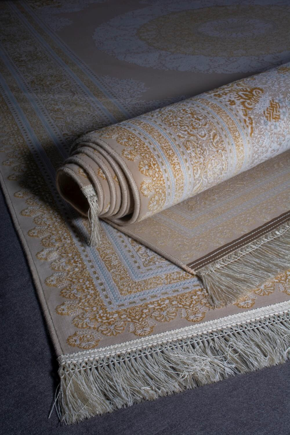 Types of Rugs and Weaving Techniques