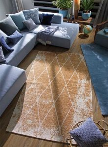 870 Fine Lines Gold Rug by Tom Tailor