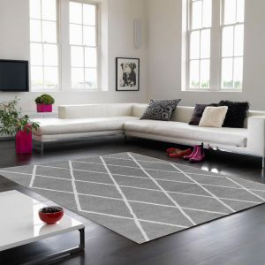 Albany Diamond Silver Wool Rug by Asiatic