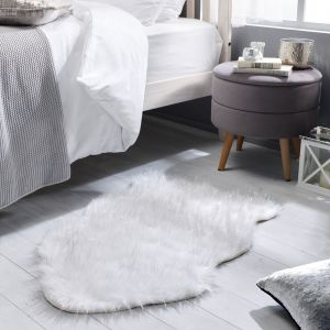 Aura Faux Fur Glacier Ivory Sparkle Plain Rug by Flair Rugs