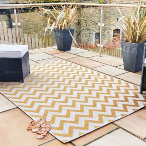 Florence Alfresco Trieste Yellow Rug by Flair Rugs