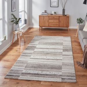 Milano N9534 Beige Traditional Rug by Think Rugs