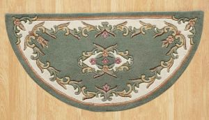 Royal Jewel JEW07 Green Half Moon Traditional Rug By Oriental Weavers