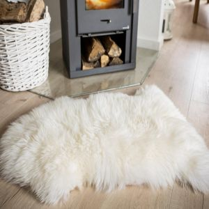 Sheepskin White Rug by Luxor Living